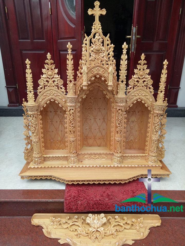 mẫu tòa thờ công giáo bằng gỗ