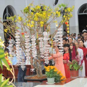 Người Công giáo và những tập tục ngày Tết