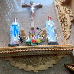 mẫu bàn thờ chúa đơn giản BT43