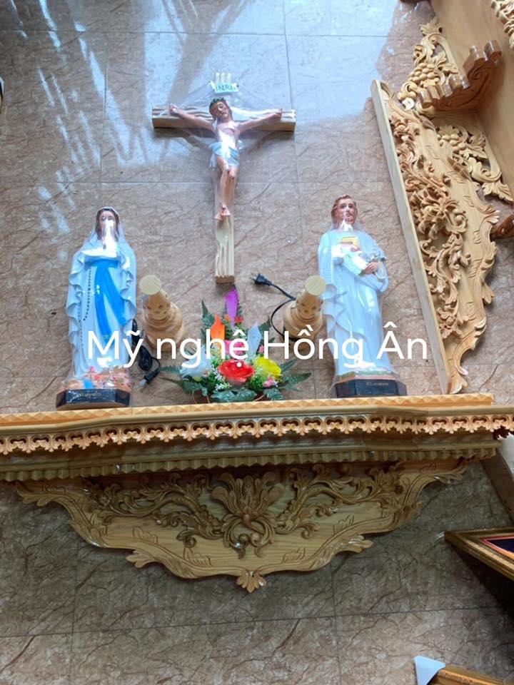 mẫu bàn thờ chúa