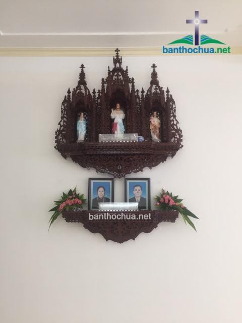 bàn thờ chúa và bàn thờ gia tiên