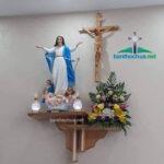 Một số mẫu bàn thờ Chúa trong phòng khách đẹp mà bạn không nên bỏ qua