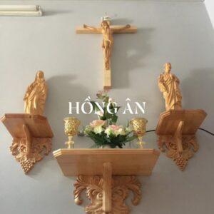 Kệ bàn thờ Chúa – Nhà khách ở Hà Tĩnh