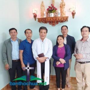 Mẫu bàn thờ Chúa tại gia đình anh Đức Trần