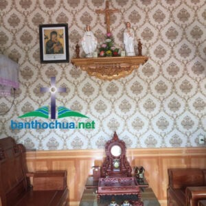 Mẫu bàn thờ Thiên Chúa tại gia đình anh chị Hà Nhi