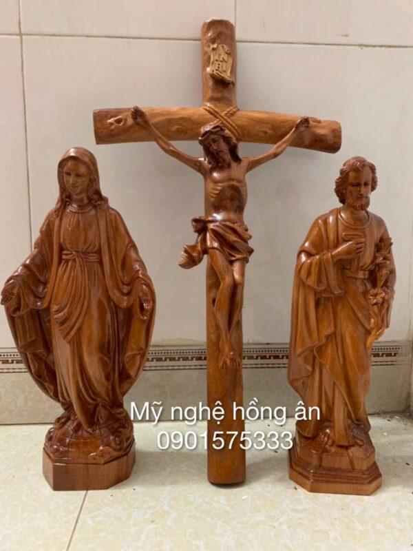 Tượng Công Giáo Bằng Gỗ