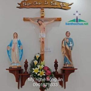 5 mẫu bàn thờ Chúa được tín đồ ưa chuộng nhất hiện nay