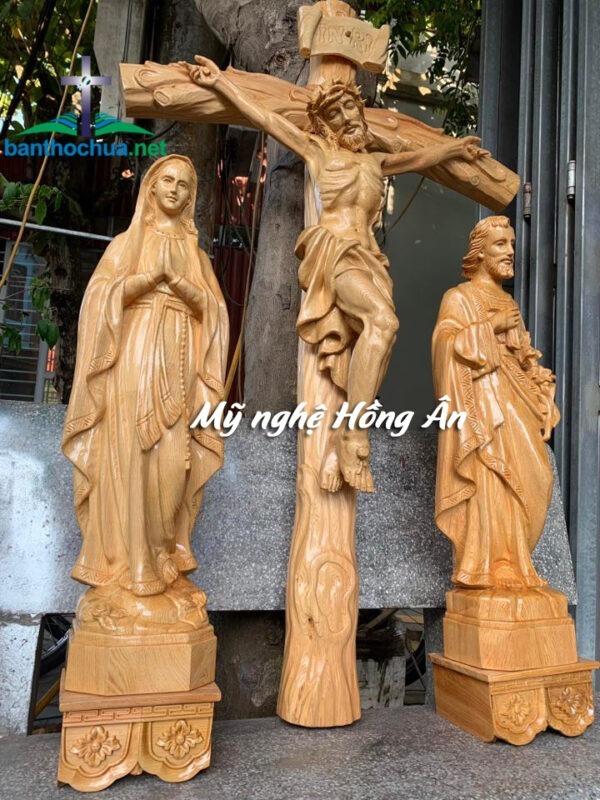 Tượng Gỗ Công Giáo