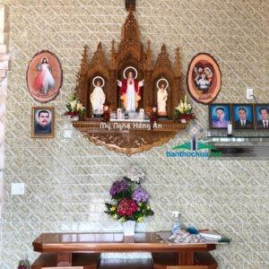 Những mẫu bàn thờ Chúa và bàn thờ gia tiên đẹp
